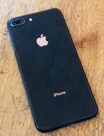 price-and-specs-of-uk-used-iphone-8-plus-64gb-big-1
