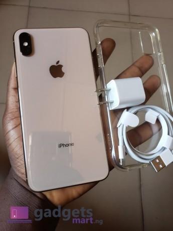 buy-iphone-xsmax-256gb-n285000-big-0