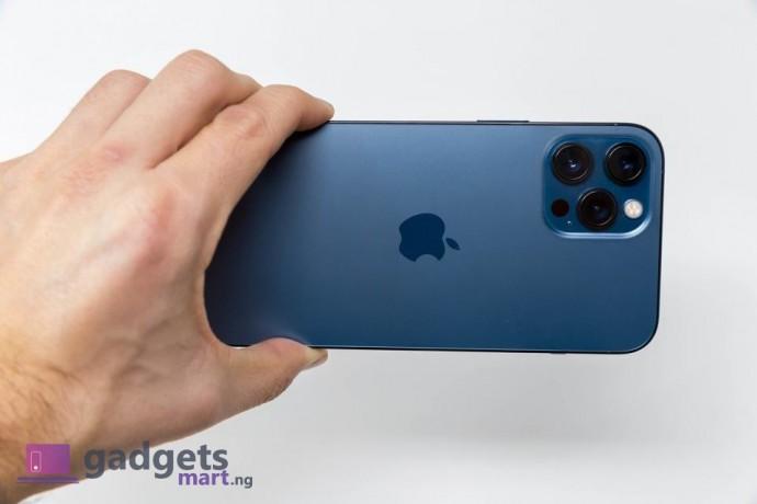 apple-iphone-12-pro-max-256gb-blue-big-2