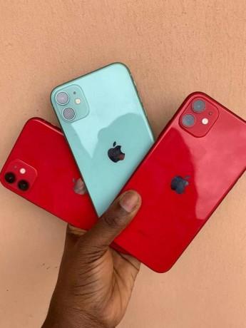 unlocked-iphone-11-64gb-big-0