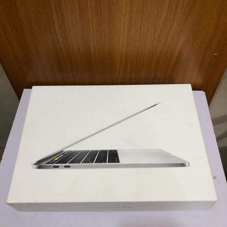 laptop-macbook-pro-2017-intel-corei5-7th-gen-256gb-ssd-8gb-ram-big-3